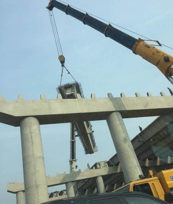 吊车出租桥梁施工